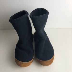 Lands End Navy Bootie Slippers 7.5-8.5